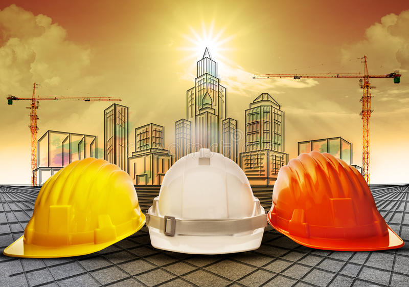 Zbawczy hełm i budynek budowa kreśli na papierkowej roboty use dla przemysłu budowlanego biznesu i architektury engineeri royalty ilustracja