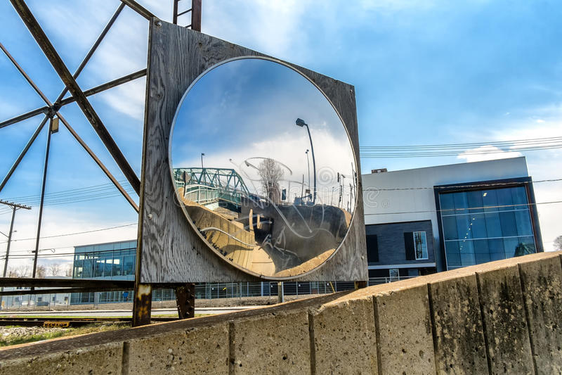 Zbawczy ochrony lustro obrazy stock