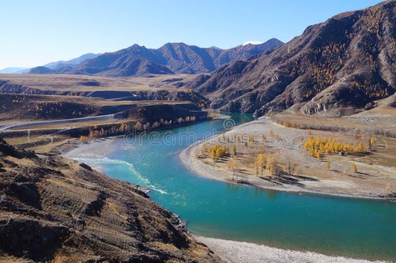 Zbieżność Chuya i Katun rzeki, Altai, Rosja fotografia stock