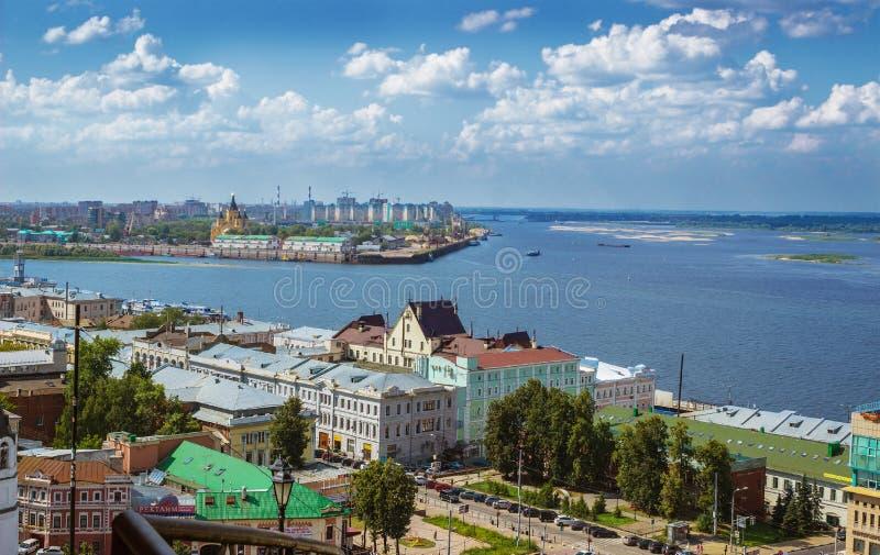 Zbieżność Volga i Oko drzewo pola nizhny novgorod Rosja zdjęcia royalty free
