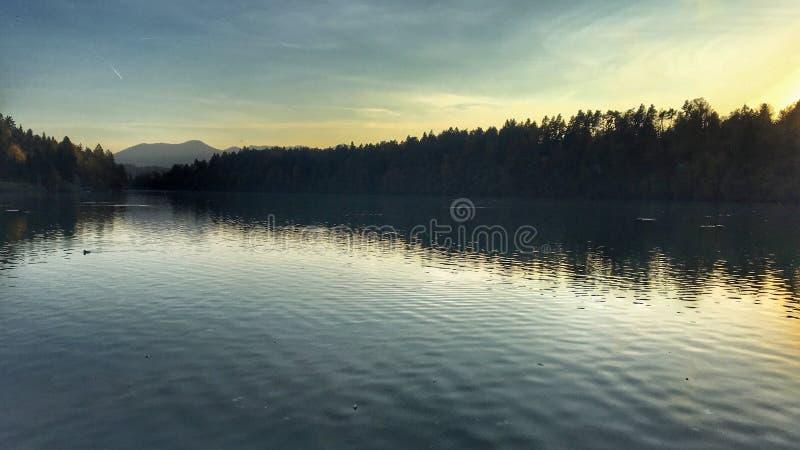 Download Zbilje sunmoon! στοκ εικόνα. εικόνα από σλοβενία, λίμνη - 101925053
