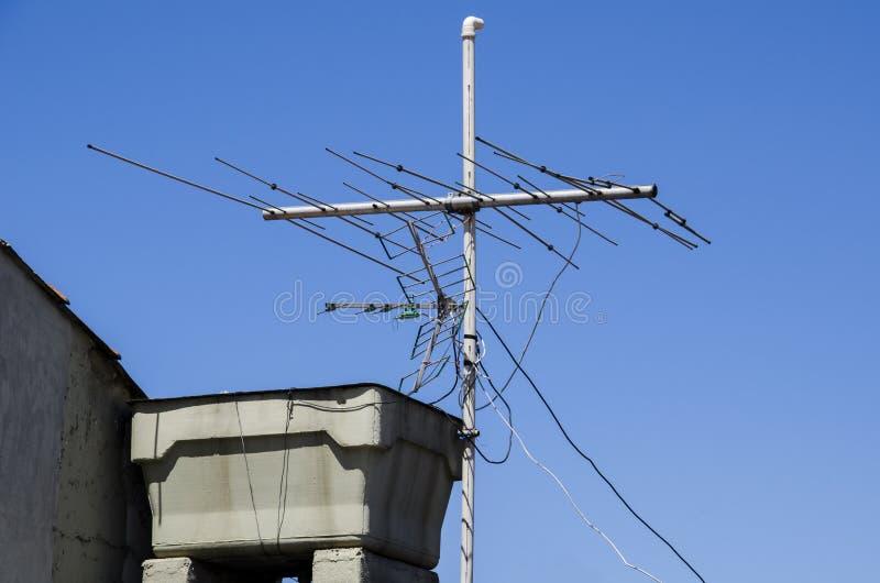 Zbiornik wodny z anteną fotografia stock