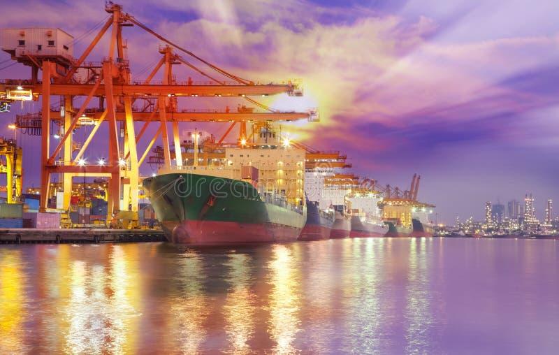 Zbiornika ładunku zafrachtowań statek zdjęcie royalty free
