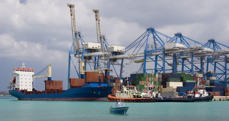 zbiornika Malta portowa wysyłka zdjęcie stock