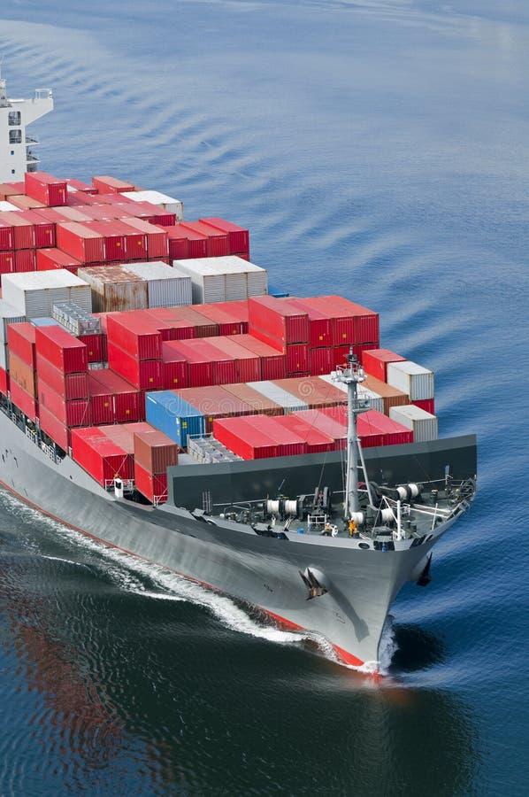 Download Zbiornika statek obraz stock. Obraz złożonej z zafrachtowania - 18480969