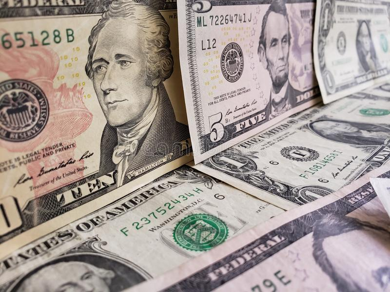 zbliża się Amerykańscy dolary banknoty, tło i teksturę, zdjęcia stock