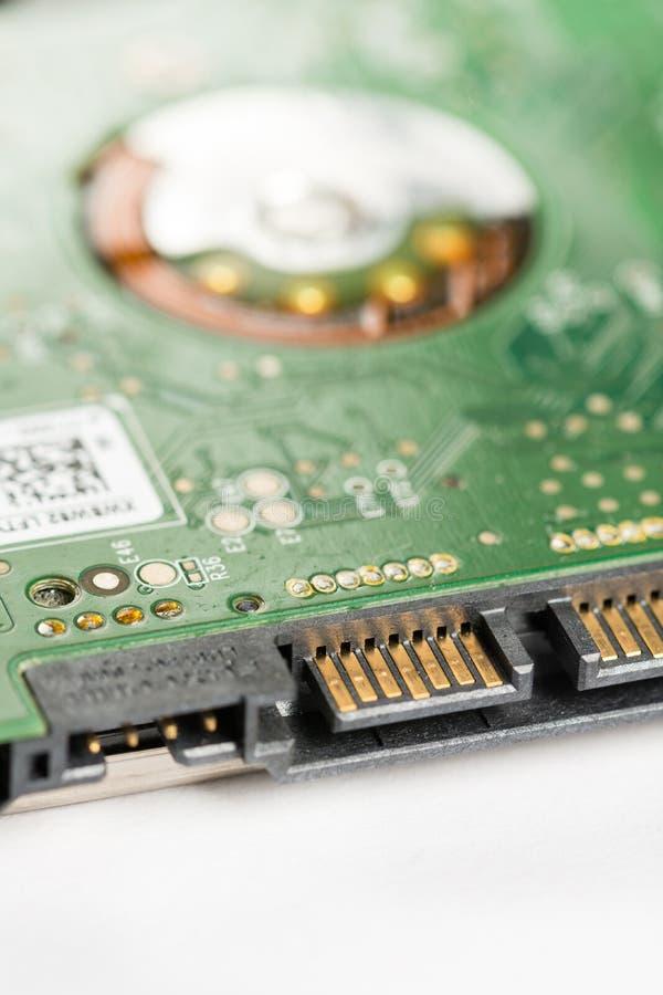 Zbliżenia sata makro- elektronicznego podołka ciężkiego dyska odgórny przyrząd z selekcyjną ostrością obrazy stock