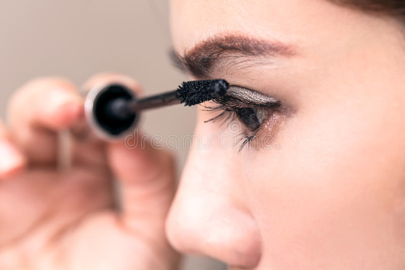 Zbliżenie Azja kobiety piękna Makeup, Świeża Miękka skóra I Długi Bl, zdjęcie royalty free