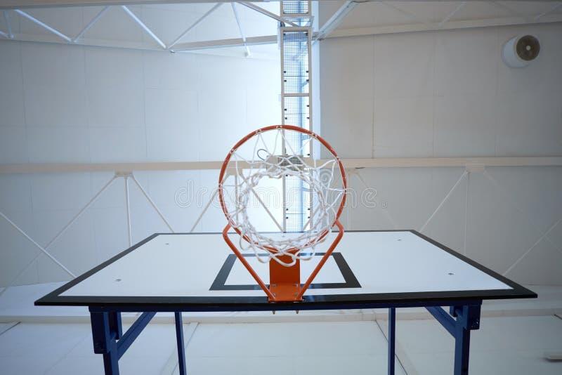 Zbliżenie koszykówka obręcz zdjęcie royalty free
