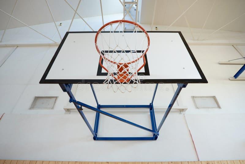 Zbliżenie koszykówka obręcz zdjęcia stock