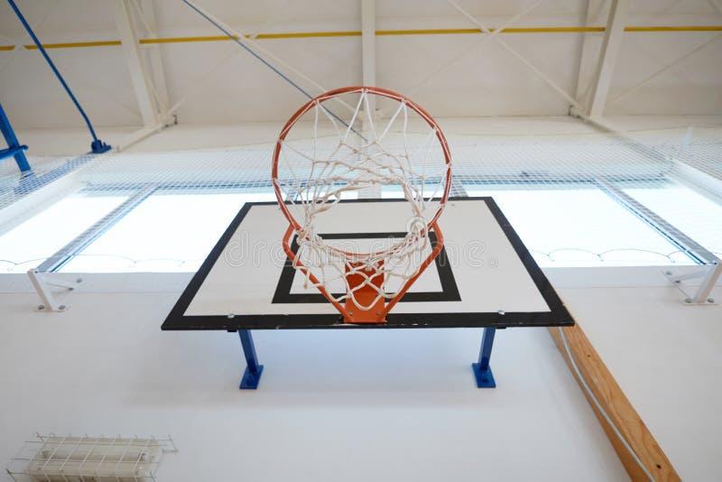 Zbliżenie koszykówka obręcz obraz stock