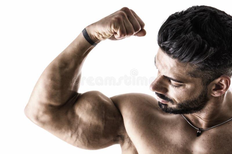 Zbliżenie napina mięśniową rękę mężczyzna obraz royalty free