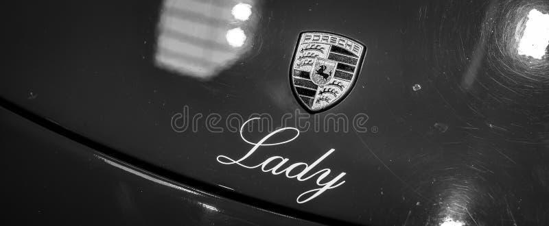 Zbliżenie Porsche logo fotografia royalty free