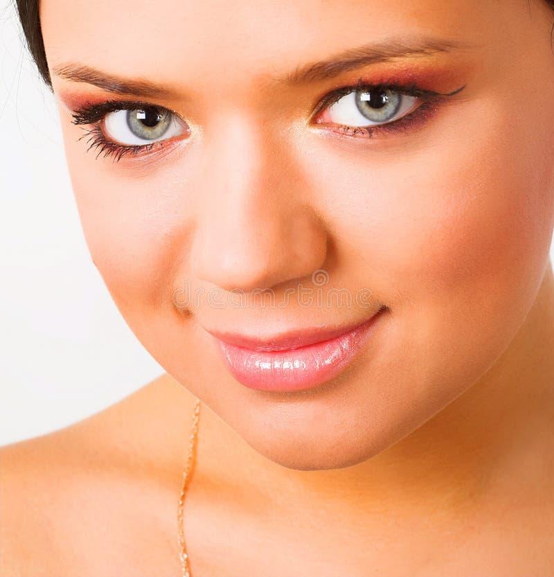 Zbliżenie portret młoda brunetka obraz stock