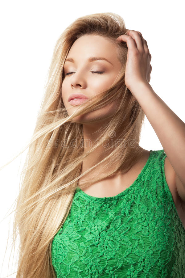Piękna blondynki kobieta z zamkniętymi oczami obraz royalty free