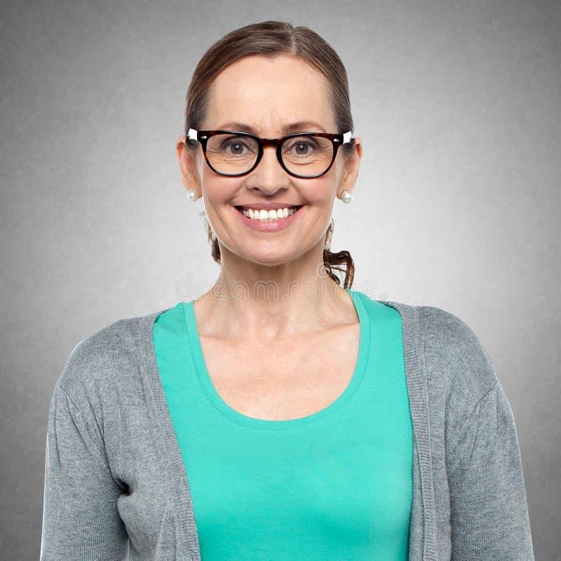 Zbliżenie portret w średnim wieku kobieta zdjęcie stock
