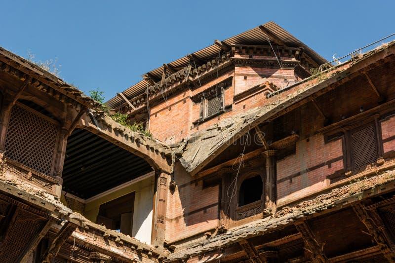 Zbliżenie rujnujący dachy zdjęcia stock