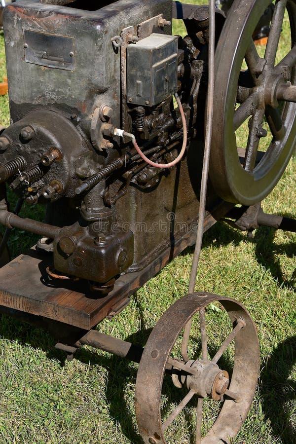 Zbliżenie stary benzynowy silnik obraz royalty free