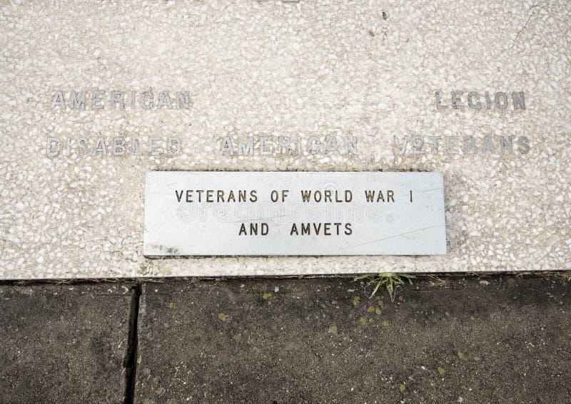 Zbliżenie widoku wojenny zabytek dedykujący nieboszczyk wszystkie wojny w weterana pomnika ogródzie, Dallas, Teksas zdjęcia royalty free