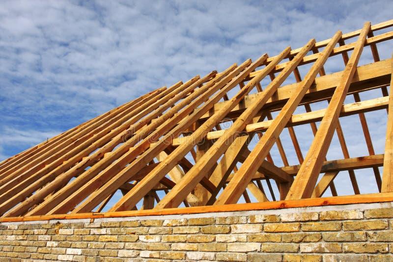 zbudować dach obraz stock