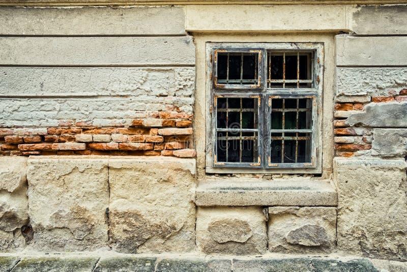 zbudować starego okno obraz royalty free