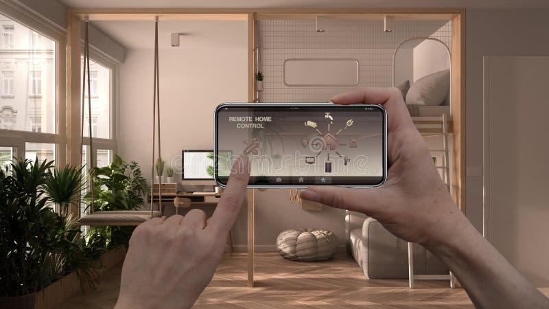 Zdalny system sterowania domem na cyfrowym tablecie inteligentnym Urządzenie z ikonami aplikacji Łazienka ze ścianami gipsowymi i zdjęcia stock
