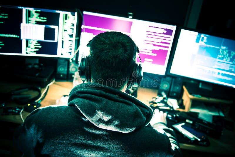 Zdewastowany Młody hacker fotografia royalty free