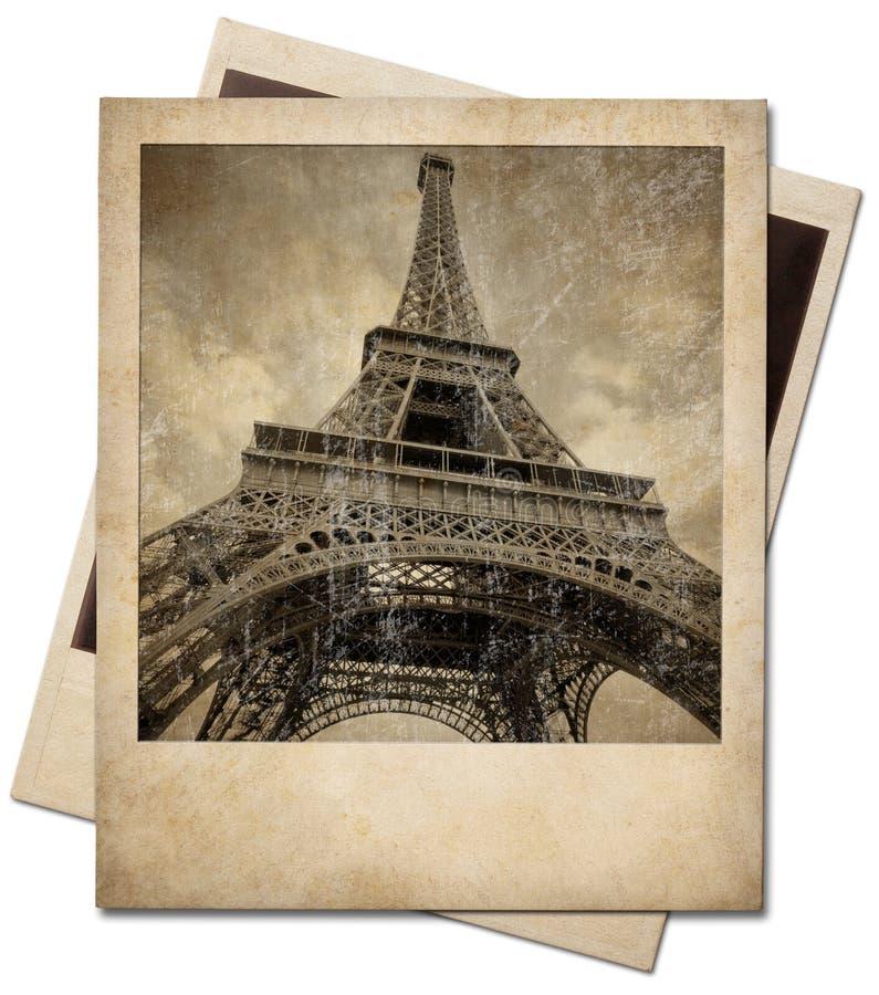 Zdjęcie błyskawiczne Vintage Eiffel Tower odizolowane od ścieżki przycinającej obraz royalty free