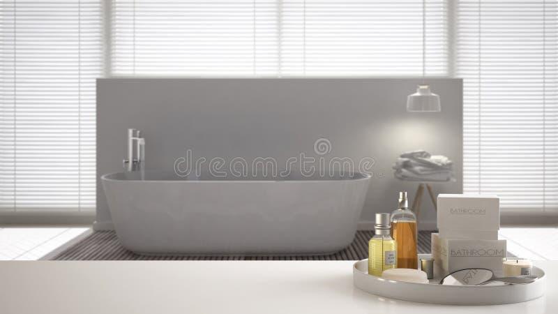 Zdrój, hotelowy łazienki pojęcie Biała półka z kąpań akcesoriami lub, toiletries, nad zamazaną minimalistyczną łazienką, tryb zdjęcie stock