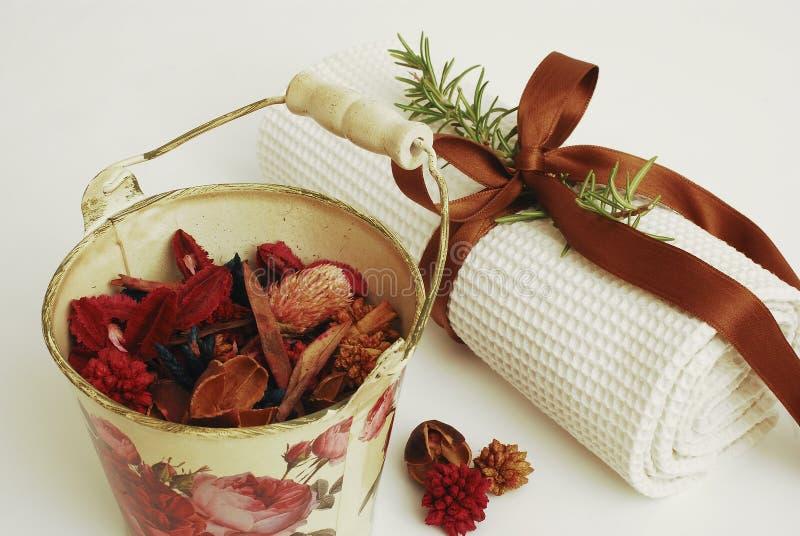 zdrojów ręczników wellness obraz stock