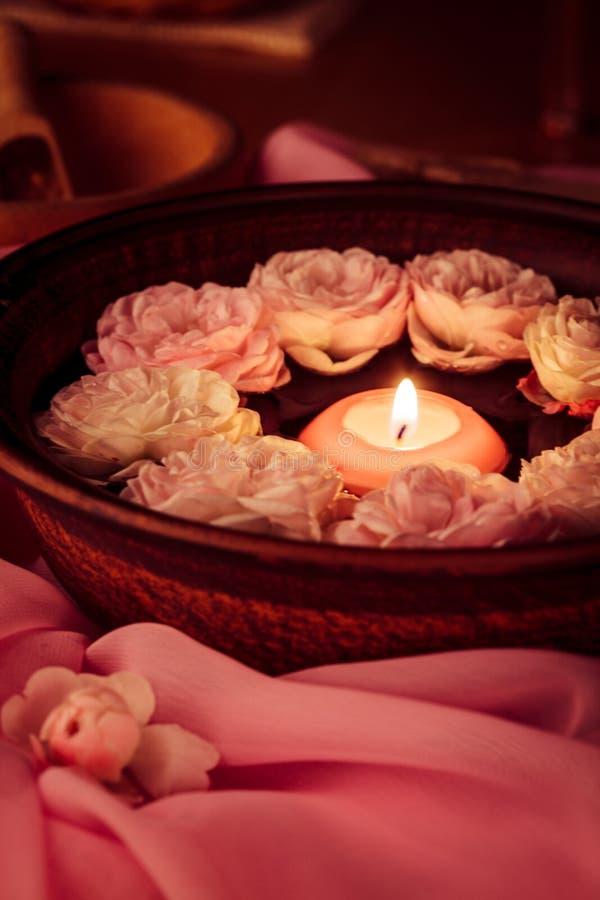 Download Zdroju relaks zdjęcie stock. Obraz złożonej z candlelight - 28952728
