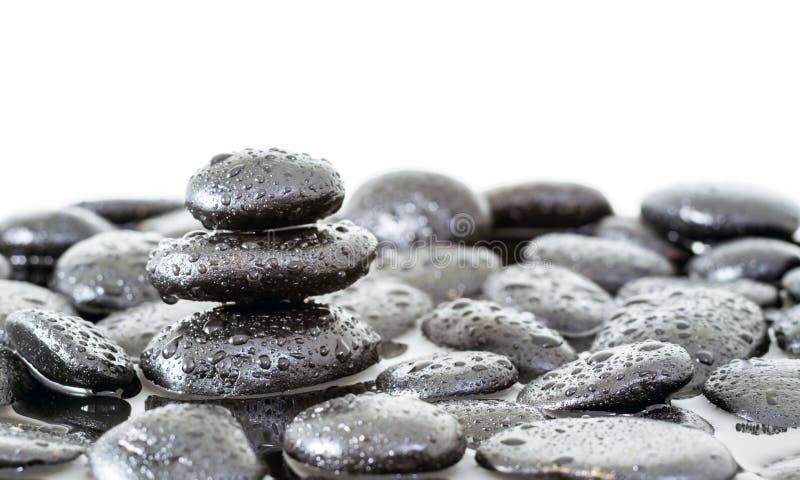 Zdroju zen kamienie fotografia stock
