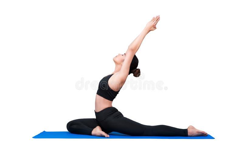Zdrowa kobieta ćwiczy joga odizolowywający z ścinek ścieżką fotografia stock