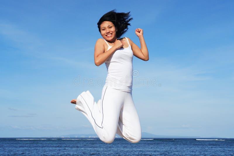Download Zdrowa kobieta obraz stock. Obraz złożonej z szczęśliwy - 609873