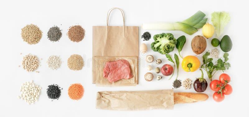 Zdrowego łasowania tła odgórny widok Folował papierowej torby zdrowego jedzenie zdjęcie stock