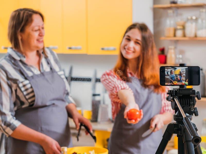 Zdrowej diety online klasowa wideo jarzynowa sałatka zdjęcia stock