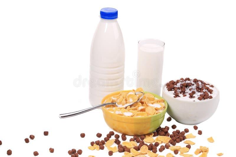 Zdrowi dojni produkty z zbożem zdjęcie stock