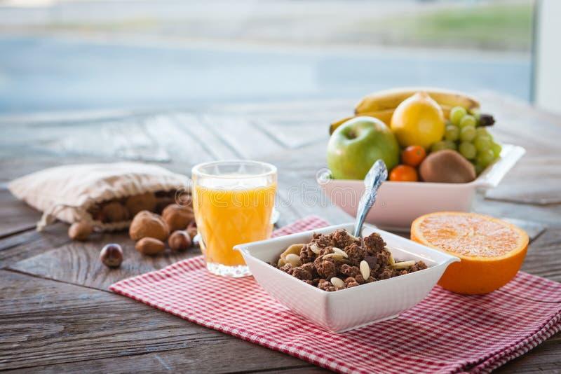 Zdrowy śniadanie na stole zdjęcie stock