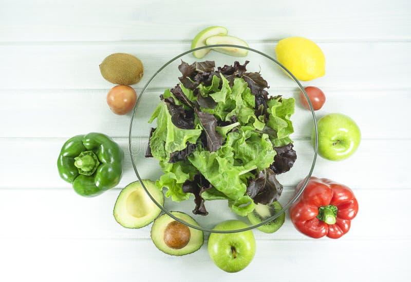 zdrowy domowej roboty weganinu jedzenie, jarska dieta, witaminy przekąska, jedzenie i zdrowia pojęcie, obrazy royalty free