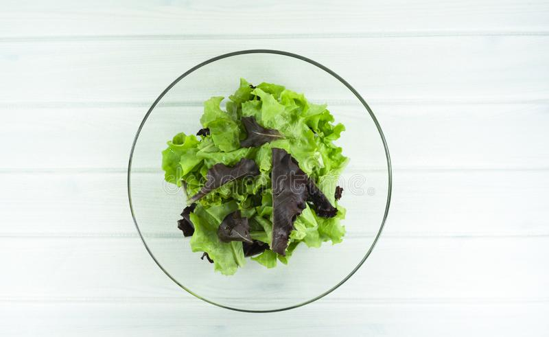 zdrowy domowej roboty weganinu jedzenie, jarska dieta, witaminy przekąska, jedzenie i zdrowia pojęcie, zdjęcie royalty free
