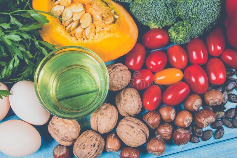 Zdrowy jedzenie, dieting pojęcie E zdjęcia stock