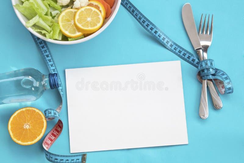 Zdrowy jedzenie i heblowanie dla diety obrazy stock