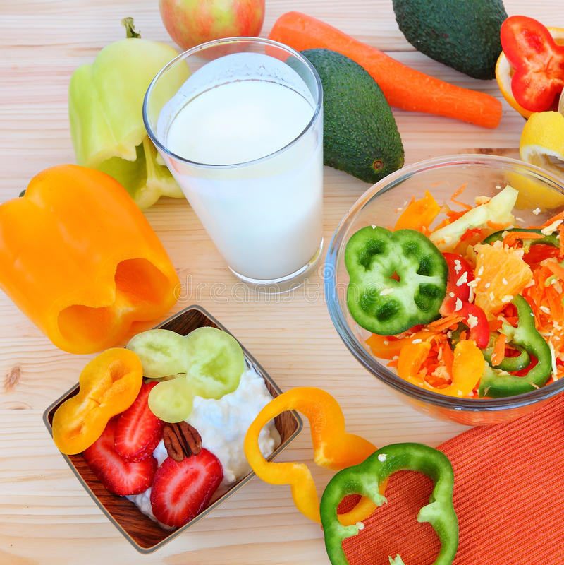 Zdrowy jedzenie - zdrowy życie obraz stock