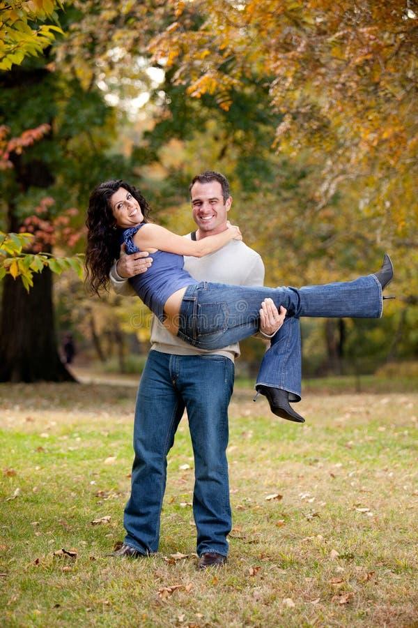 Download Zdrowy pary związek zdjęcie stock. Obraz złożonej z aktywny - 11752714