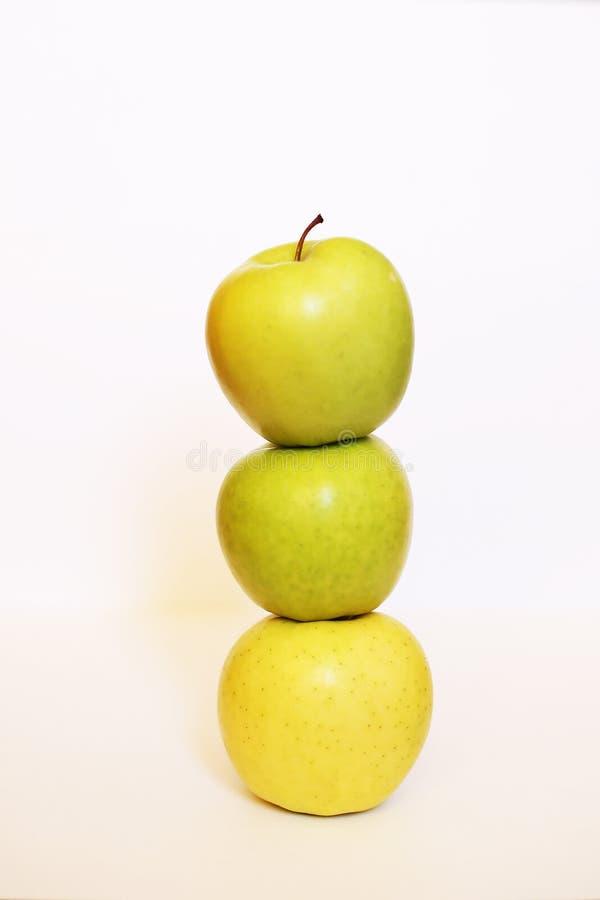 Zdrowy Zielony Detox ?wie?e jab?ka zdjęcia stock