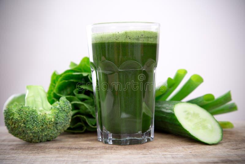 Zdrowy zielony sok obraz royalty free