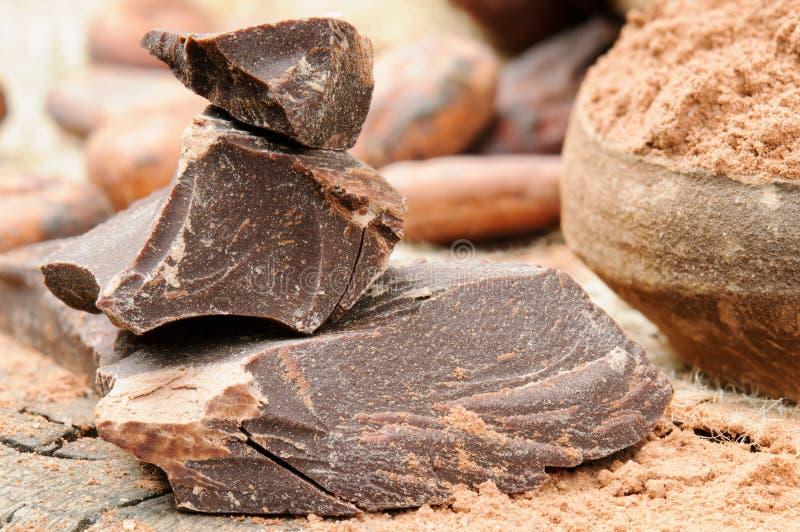 zdruzgotany czekolada zmrok zdjęcie stock