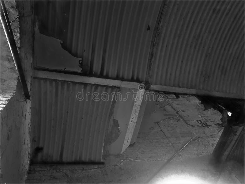 Zdruzgotany dach obraz stock