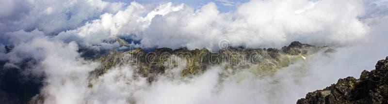 Zdumiewający panorama widok Tatrzańskie góry fotografia stock