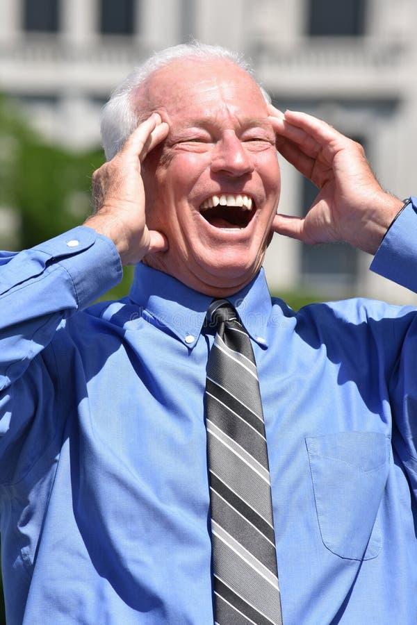 Zdziwiony Dorosły Starszy Biznesowy mężczyzna Jest ubranym krawat obrazy royalty free